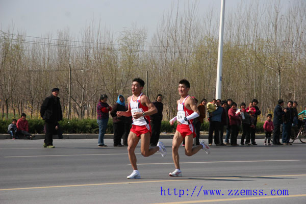 郑州急救为2011郑开国际马拉松保驾护航 -郑州市紧急医疗救援中心